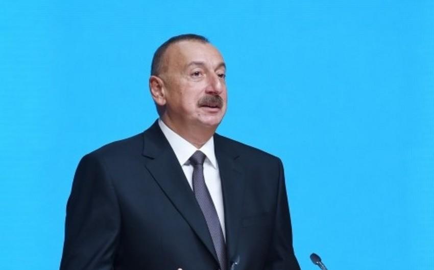 """Azərbaycan Prezidenti: """"Neftdən əldə edilən gəlirləri Dövlət Neft Fondunda çox şəffaf şəkildə qoruyuruq"""""""