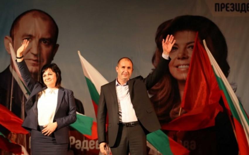 Sosialist Rumen Radev Bolqarıstanın yeni prezidenti seçilib