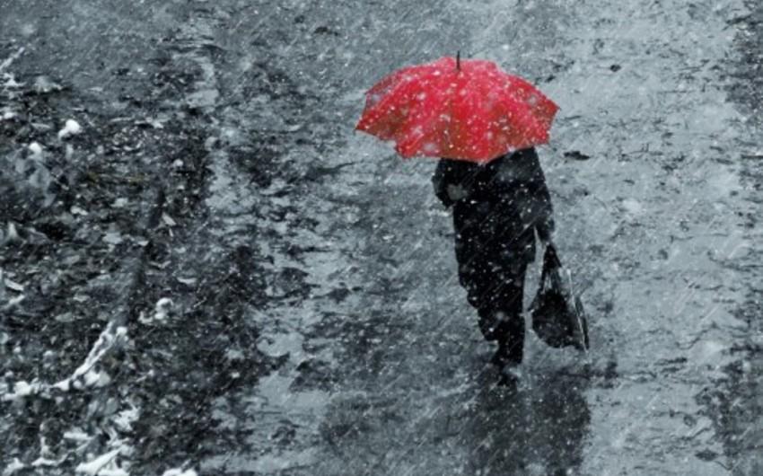 Sabah qısamüddətli yağış yağacaq, güclü külək əsəcək