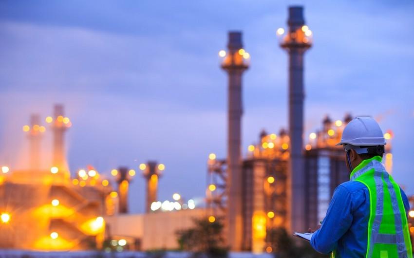 Azərbaycan nefti iki dollara yaxın ucuzlaşıb