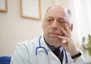 Каган: Самый эффективный способ остановить распространение нового штамма - массовая вакцинация