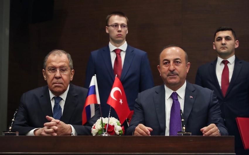Mövlud Çavuşoğlu ilə Sergey Lavrov arasında  -