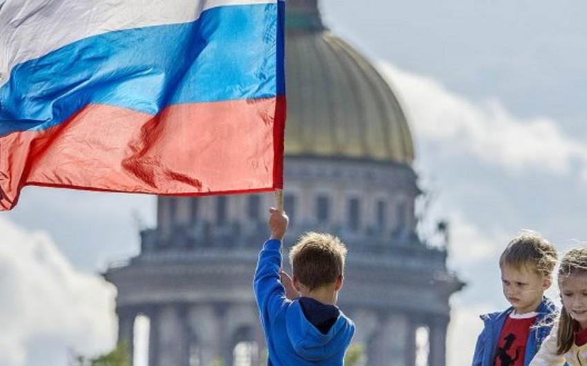 Sorğu: Rusiyalılar Azərbaycanı dost ölkə hesab edir