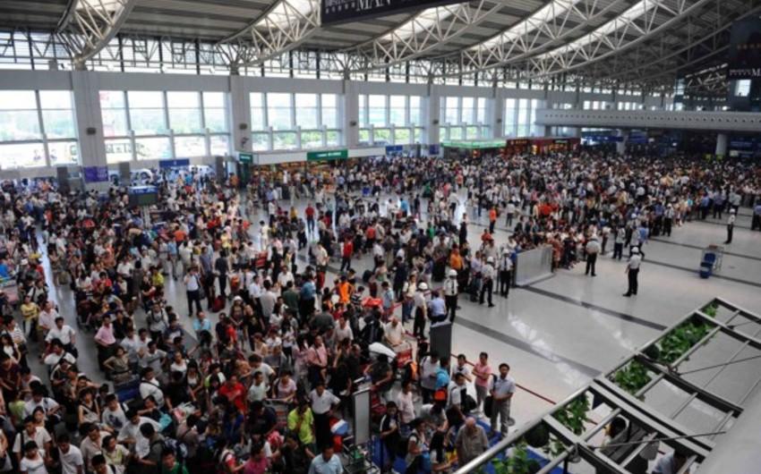 Çində 20 min sərnişin duman səbəbindən hava limanında qalıb