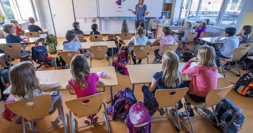 В ВОЗ не считают целесообразным закрытие школ из-за пандемии
