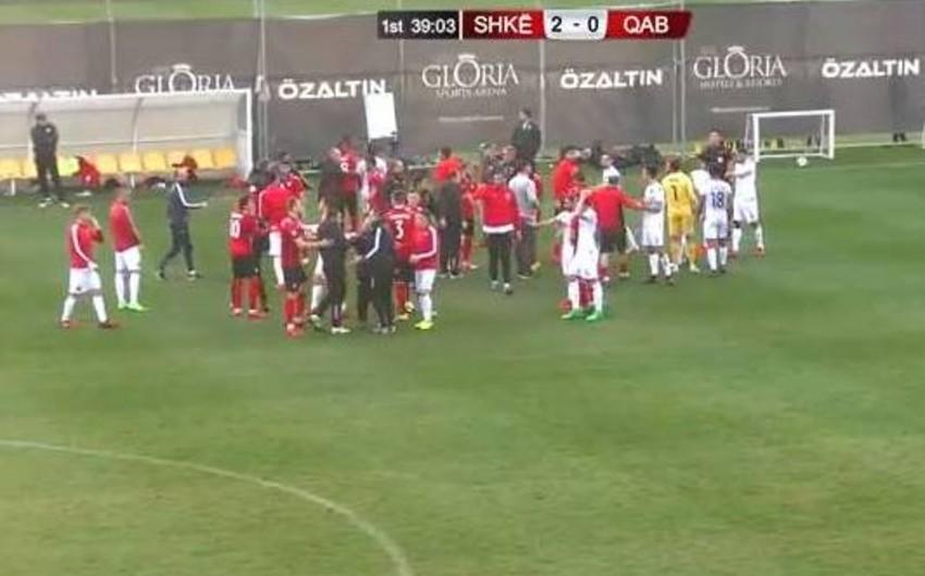 На проверочном матче Габалы с македонским клубом произошла драка