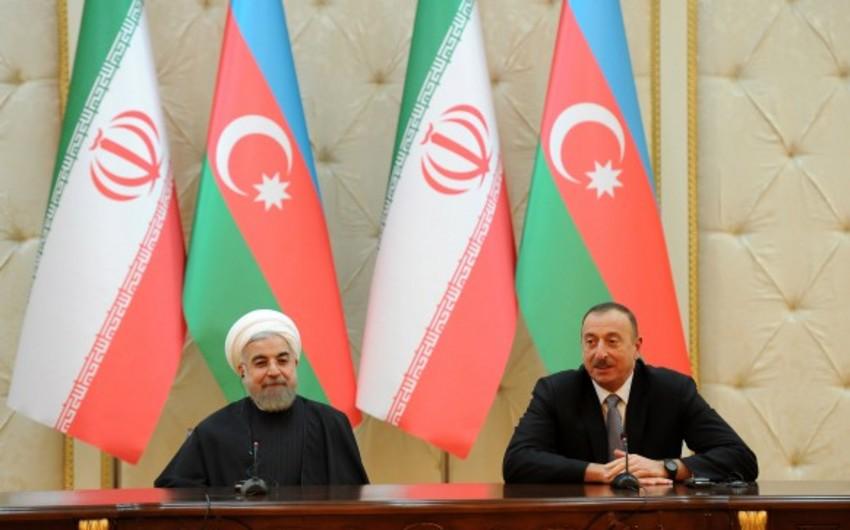 Azərbaycan və İran prezidentləri mətbuata birgə bəyanatlarla çıxış ediblər