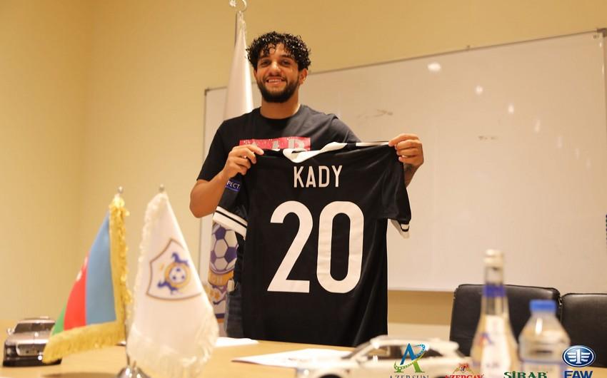 Qarabağ yeni transferini açıqladı