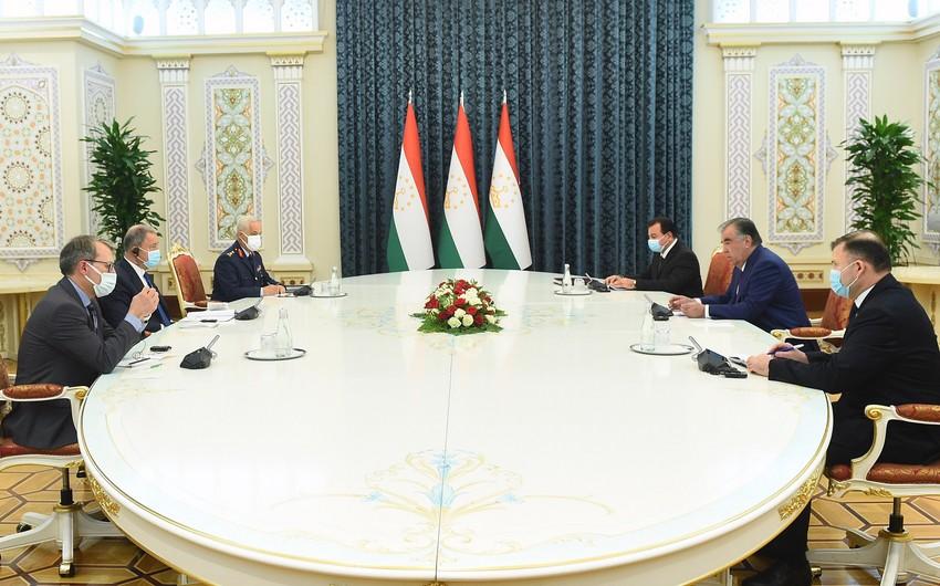Hulusi Akar Tacikistan prezidenti ilə görüşüb