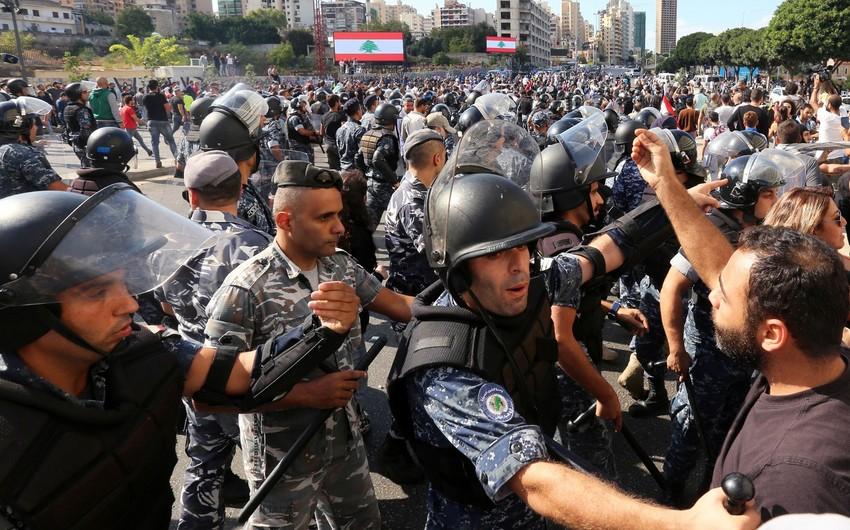 В Бейруте армия взяла под контроль район около российского посольства