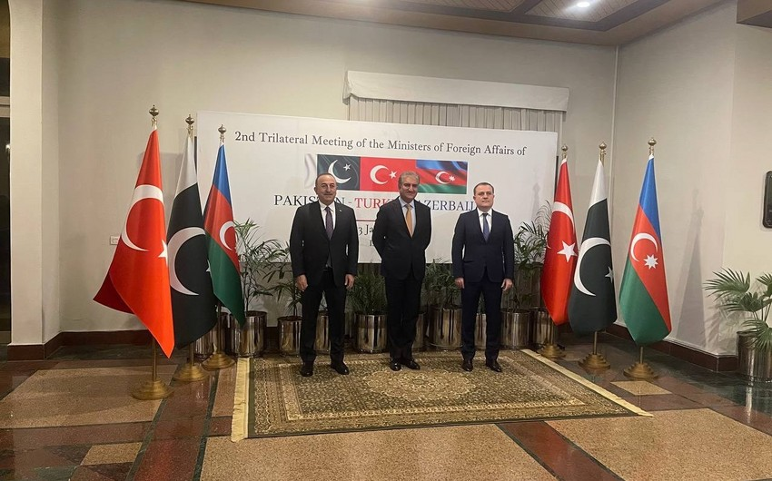 Foreign Ministers of Azerbaijan, Pakistan and Turkey sign declaration