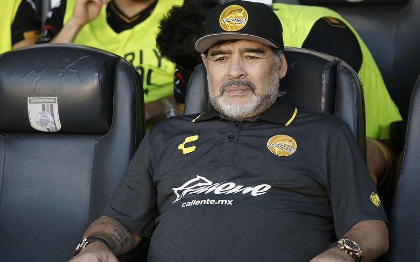 Марадона госпитализирован в Аргентине с кровотечением в желудке