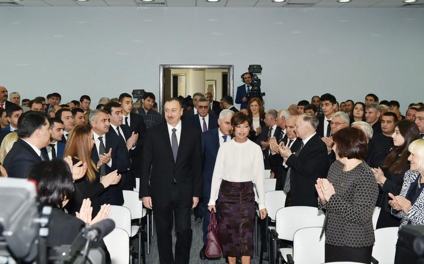Prezident İlham Əliyev 2015-ci ilin idman yekunlarına həsr olunan mərasimdə iştirak edib