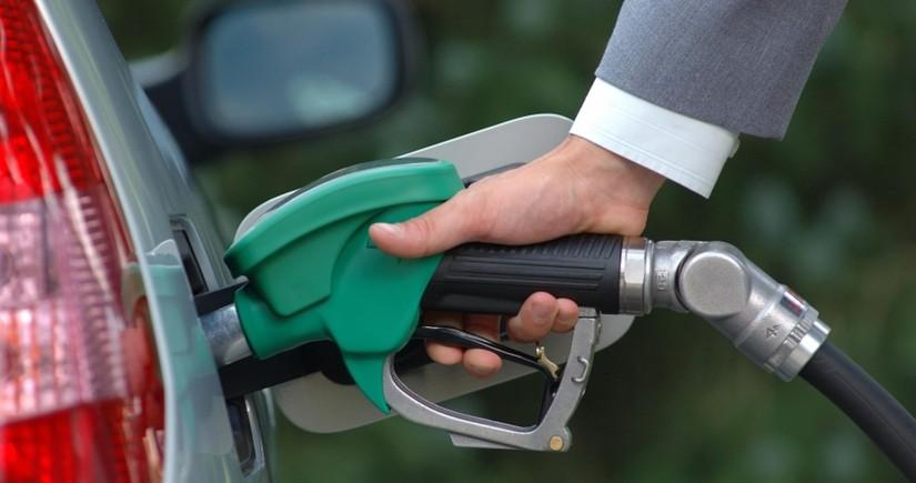 Gürcüstanda benzinin qiyməti rekord həddə çatıb