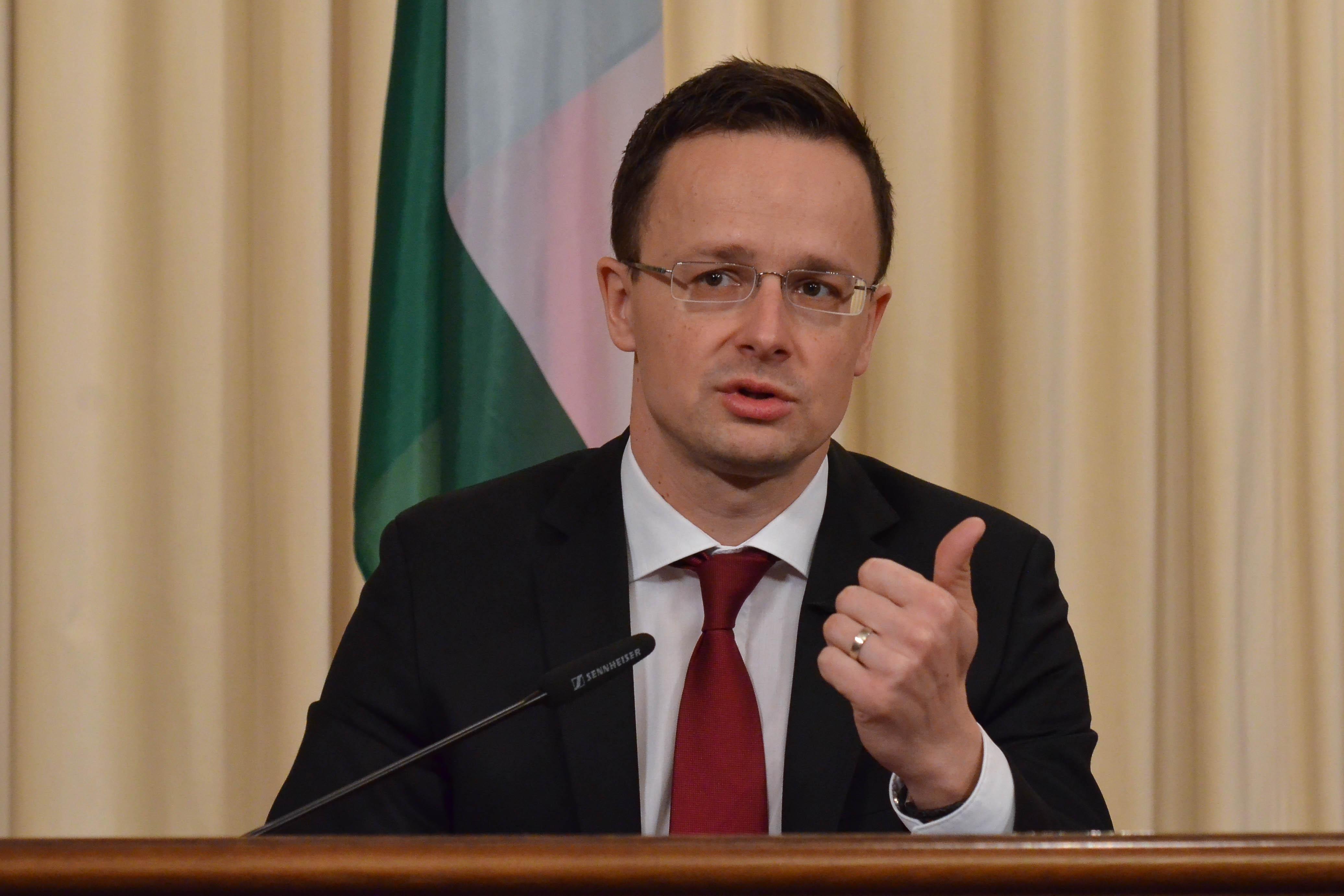 Peter Siyatro