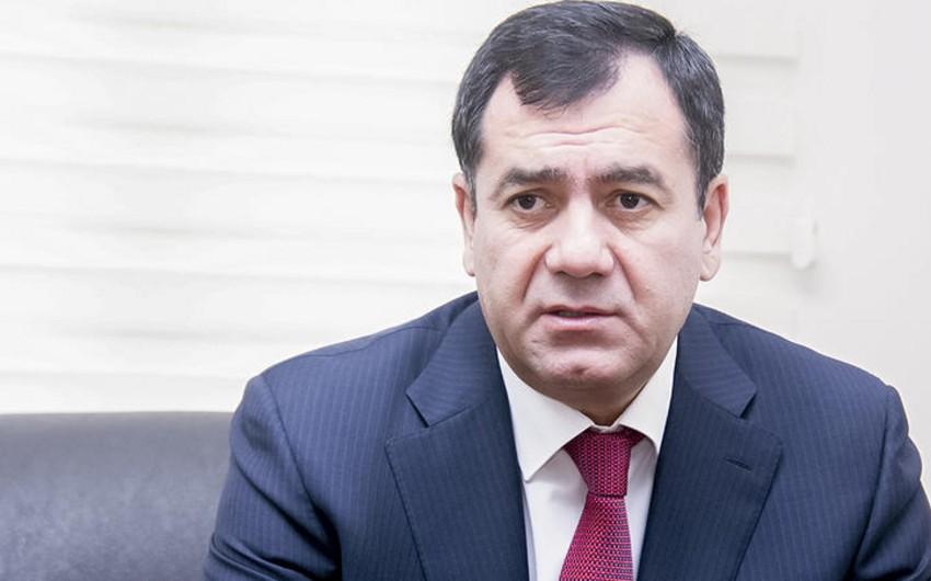 Qüdrət Həsənquliyev Milli Məclis işçilərinin maaşlarının artırılmasını təklif edib