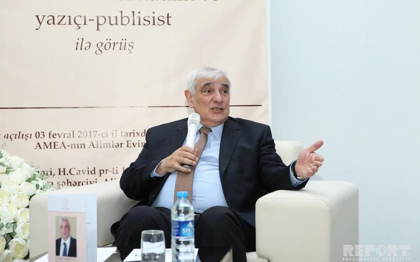 """Kamal Abdullayev: """"Mən özümü ömür boyu öyrənməyə hazır olan insan kimi tanıyıram"""""""