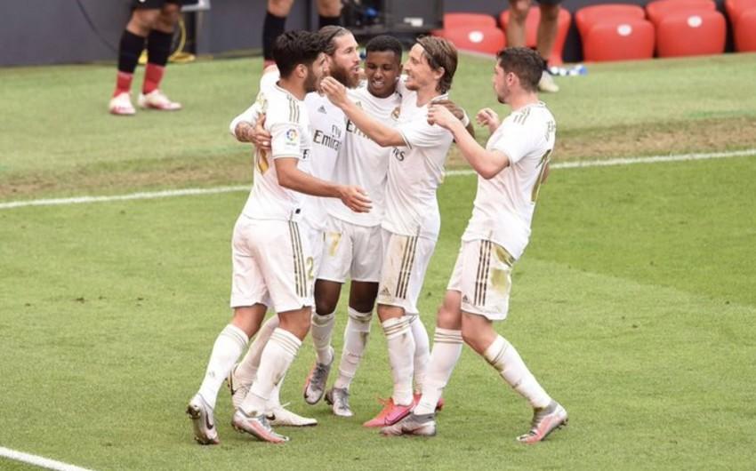 Real Madridin futbolçuları çempionluq mükafatından imtina etdi