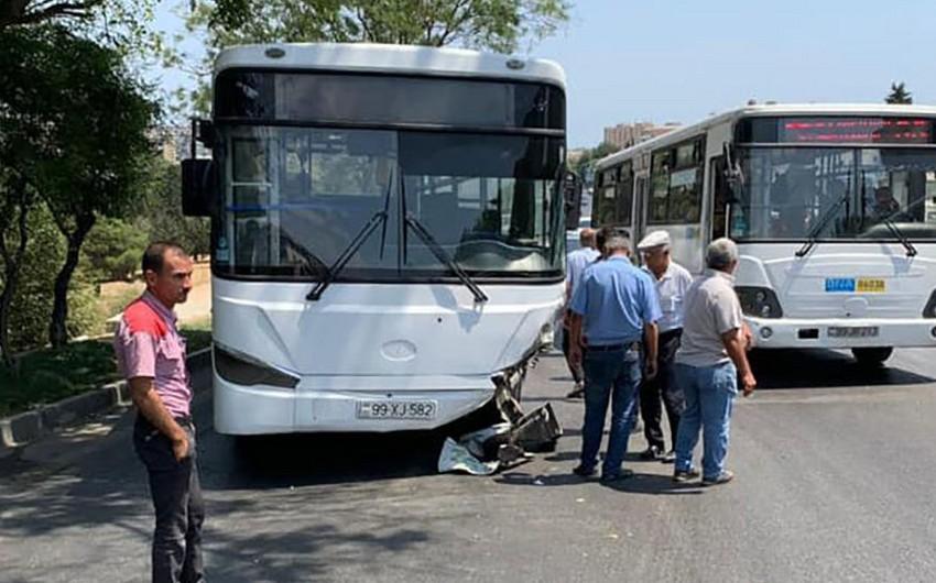 В Баку столкнулись два автобуса и легковой автомобиль, 7 человек пострадали - ОБНОВЛЕНО