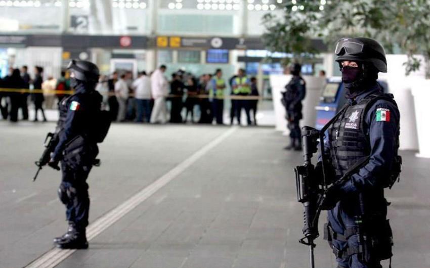 Meksikada silahlıların prokurorluq binasına hücumu zamanı ölənlərin sayı 4-ə çatıb - YENİLƏNİB
