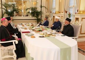 Religious leaders gather at Ramadan table in Azerbaijan