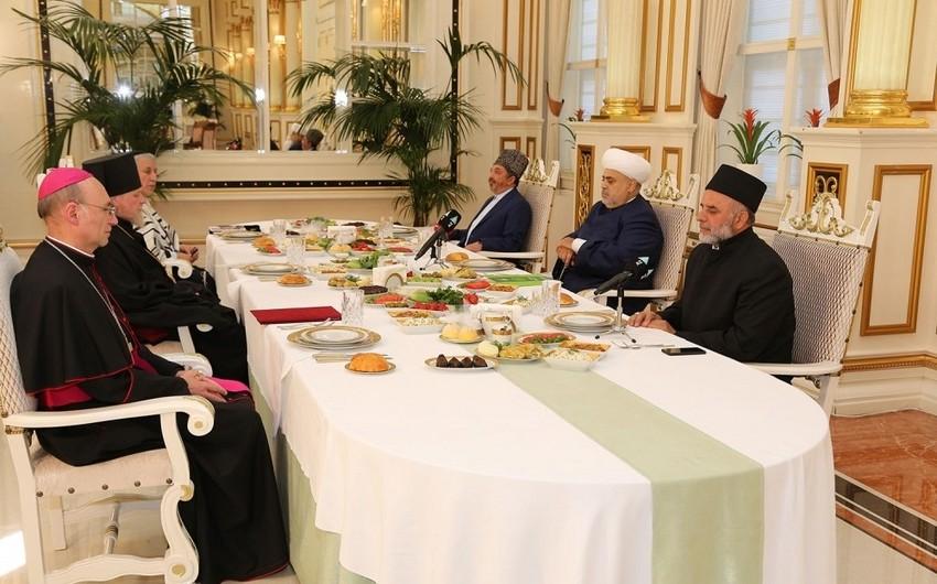 Azərbaycandakı dini konfessiyaların rəhbərləri birlikdə iftar açdılar