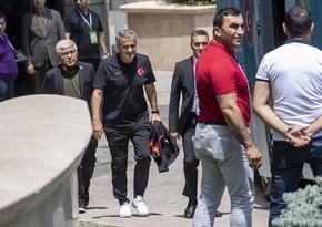 Сборная Турции по футболу покидает Баку