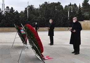 Azerbaijani, Turkish Presidents visit Alley of Martyrs