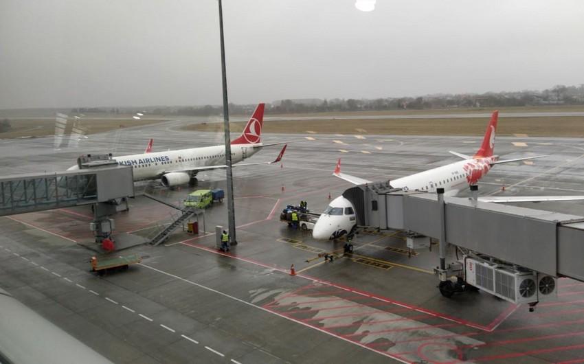 """""""Buta Airways""""in Lvov-Bakı reysi gecikib"""