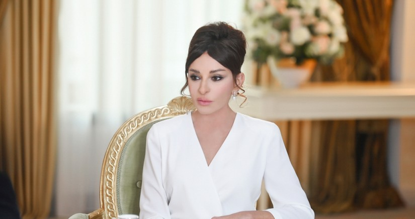 Mehriban Aliyeva congratulates people on National Revival Day