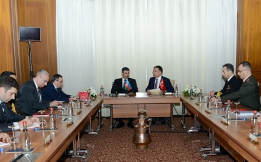 Azerbaijani and Turkish Defense Ministers met in Istanbul