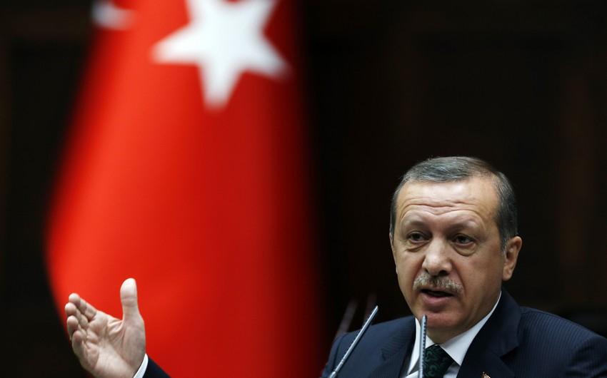 """Türkiyə prezidenti: """"Dostlarımızın silahı terrorçuların əlindədir"""""""