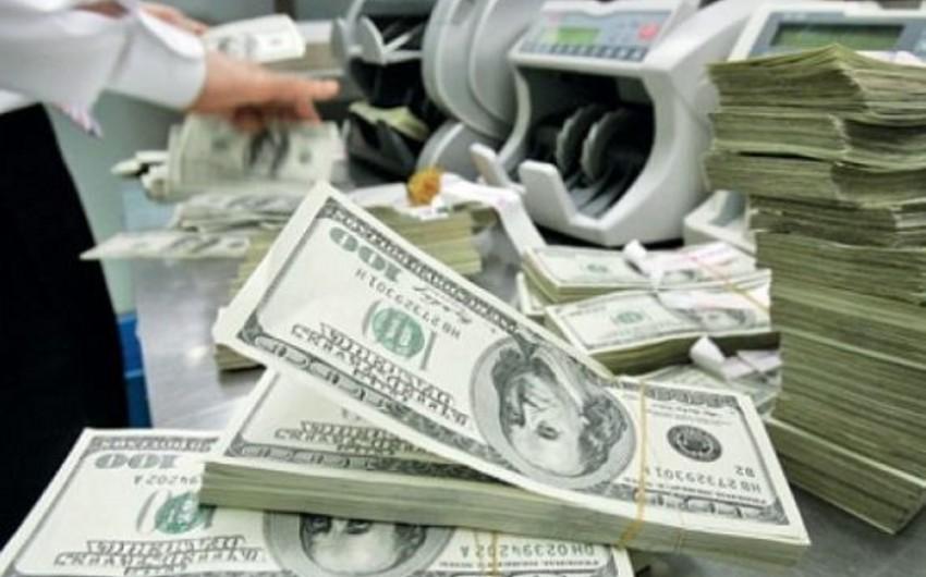 Azərbaycanda dollarlaşma səviyyəsi artıb