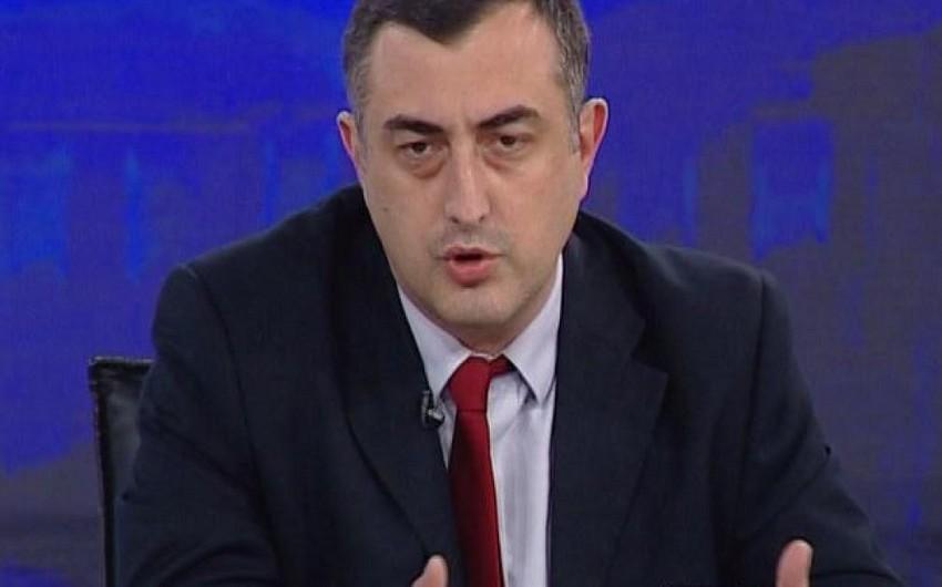 """Deputat: """"Qazprom""""la imzalanmış müqaviləni görmək Gürcüstan Parlamentinin şərəf məsələsidir"""""""