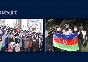 Жители Баку с большим интересом наблюдали завоенным парадом