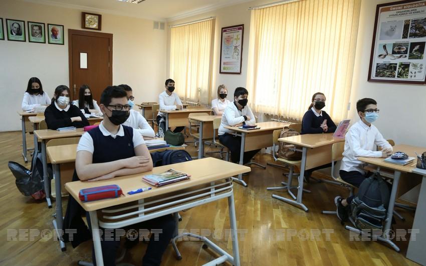 Azerbaijan lifts requirement of 1.5-meter distance between school desks