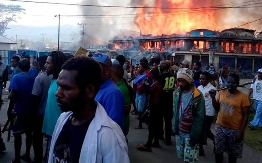 В Индонезии во время протестов погибли 20 человек