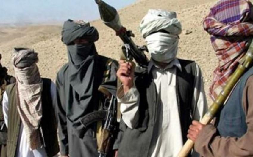 Pakistanda Talibanın sığınacaqları bombalanıb
