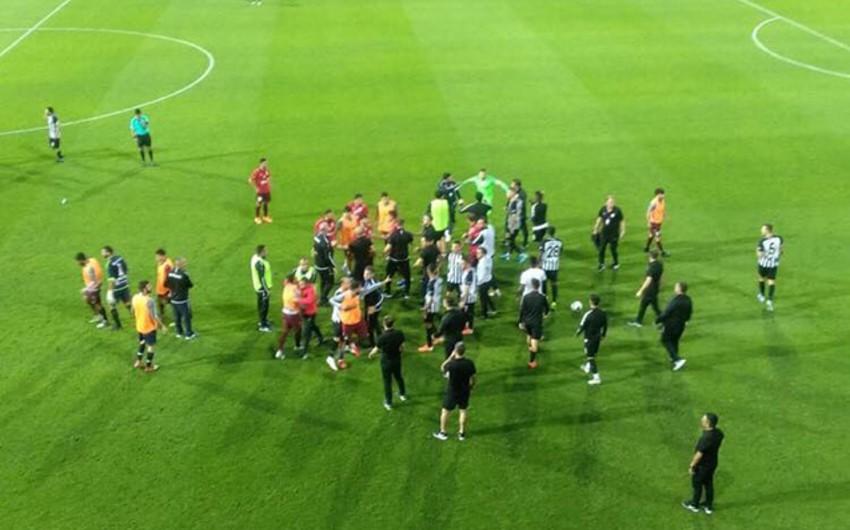 Neftçi - Qarabağ oyunundan sonra insident