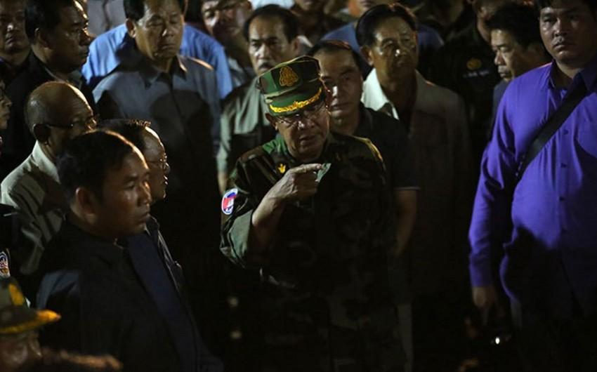 Kambocada binanın uçması nəticəsində ölənlərin sayı 24 nəfərə çatıb - FOTO