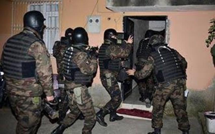 Adanada 20 İŞİD üzvü saxlanılıb