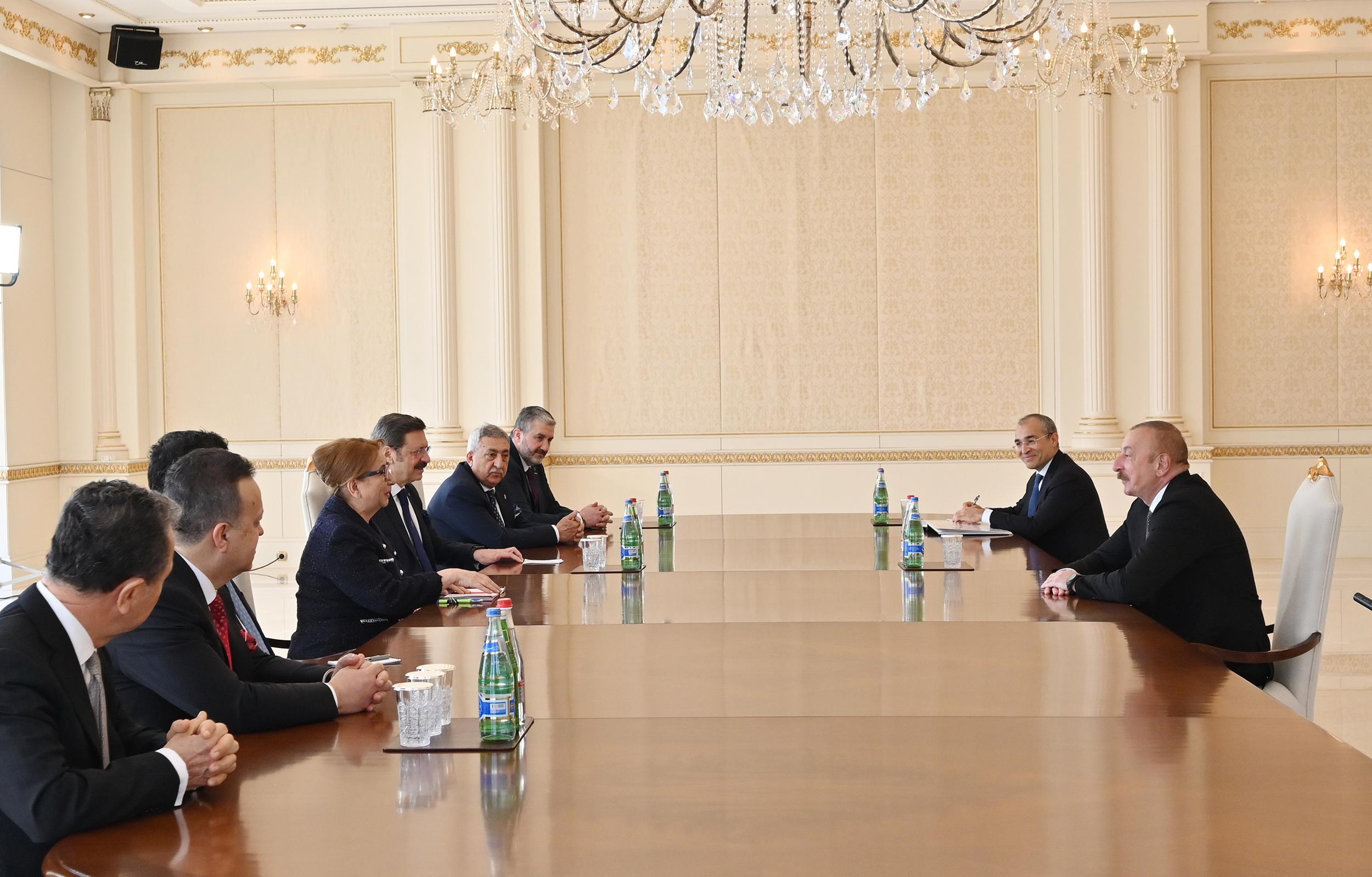Prezident İlham Əliyev Türkiyənin ticarət nazirini qəbul edib - FOTO