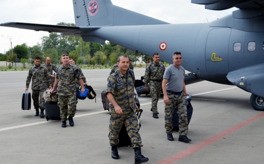Turkish soldiers arrived in Azerbaijan to participate in TurAz Qartalı - 2015 exercise