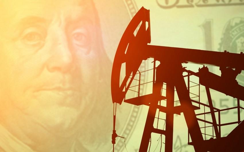 Azerbaijani oil price fell by $3 on markets