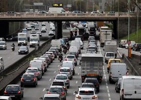 Общая протяженность автомобильных пробок во Франции увеличилась до 1,1 тыс. км