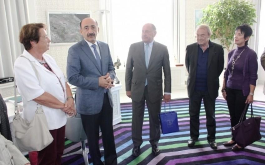 Əbülfəs Qarayev Avstriyanın Aviasiya Assosiasiyasının nümayəndə heyəti ilə görüşüb