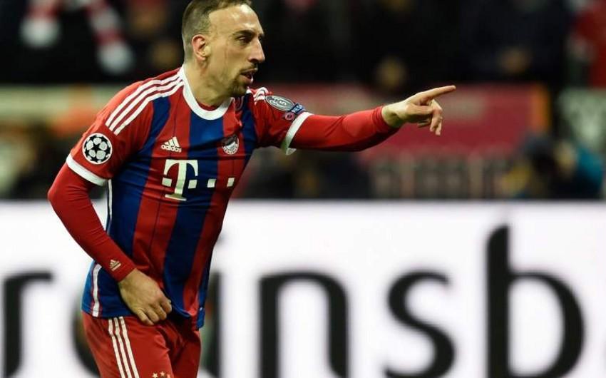 Bavariyanın oyunçusu Frank Riberi yoxlama oyununda 11 dəqiqə ərzində 3 qol vurub