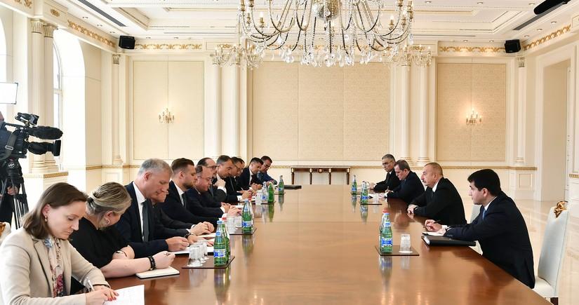 Президент принял глав МИД Румынии, Австрии, Литвы и делегацию ЕС