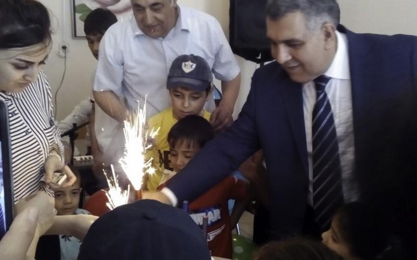 Mingəçevirin tibb işçiləri Uşaq Nevroloji Sanatoriyasında uşaqlar üçün bayram şənliyi keçirib