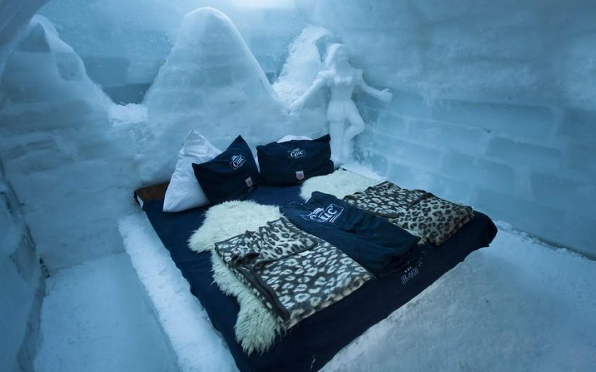 Rumıniyada turistlər üçün Buz otel istifadəyə verilib
